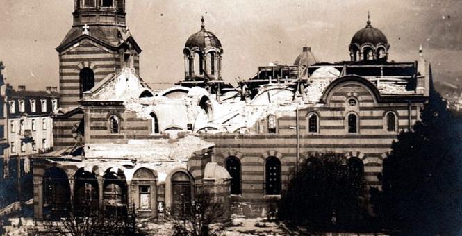 От взрыва рухнула крыша
