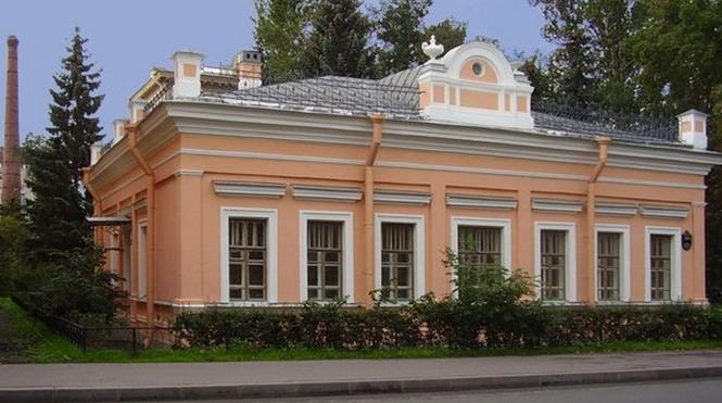 Дом Гехта. Здесь с 12.08 проходил съезд и, возможно, был избран ЦК