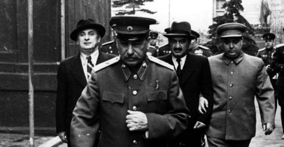 Сталин и «соратники» в конце пути