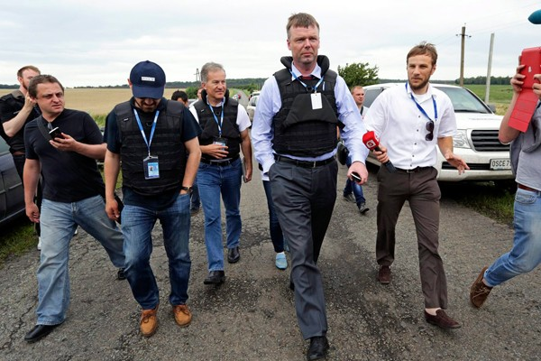 Прибыли наблюдатели миссии ОБСЕ во главе с Александром Хагом