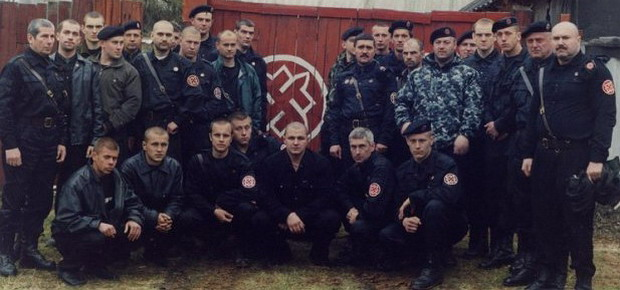 Нацистская организация РНЕ, начавшая свою историю с вооруженного выступления в защиту коммунистической оппозиции, послужила кузницей кадров для бандформирований Донбасса