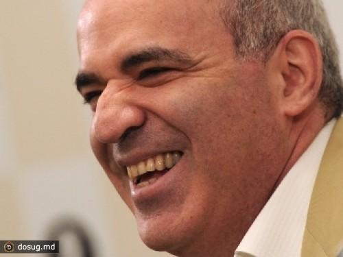 Kasparov-pomirilsya-s-Mezhdunarodnoy-shahmatnoy-federatsiey