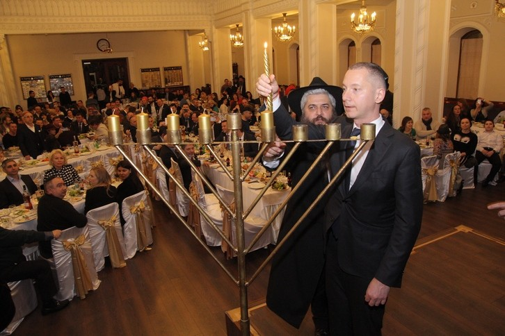 Hanuka_Brodsky-Synagogue_2015_Azman_Lozhkin_1