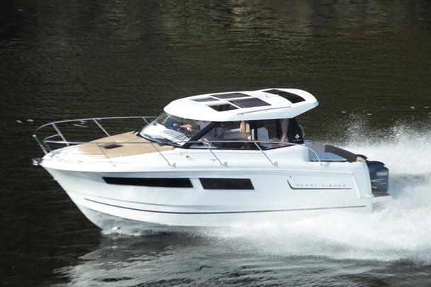 boat-855_exterieur_2011091511352