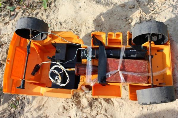 русские террористы маскируют взрывные устройства под детские игрушки и предметы быта