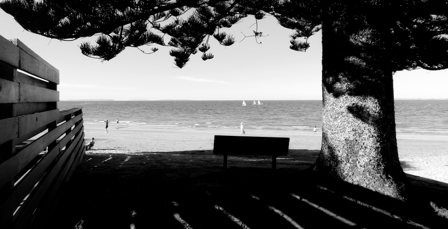 beach b-w 2