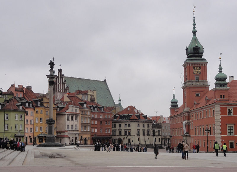 Warsaw_castle_square_ 2012