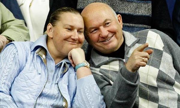 Yuri-Luzhkov-and-his-wife-006
