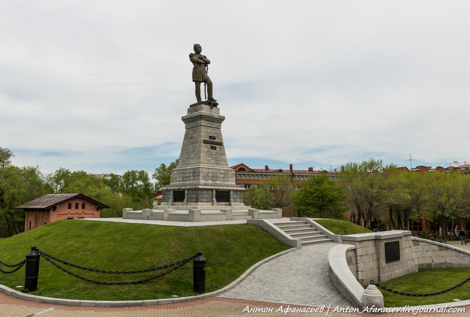 памятник Н.Н. Муравьеву