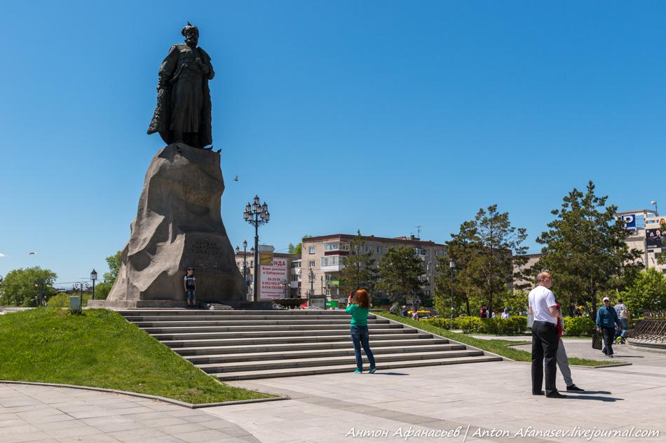 памятник Ерофею Павловичу Хабарову