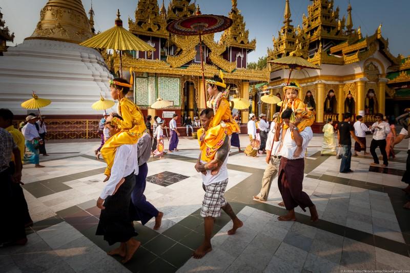 Shwedagon Pagoda (day)-09