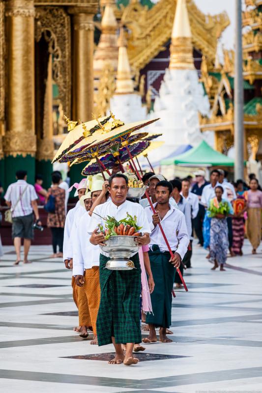 Shwedagon Pagoda (day)-11