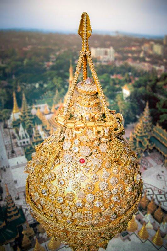 Shwedagon Pagoda (day)-15