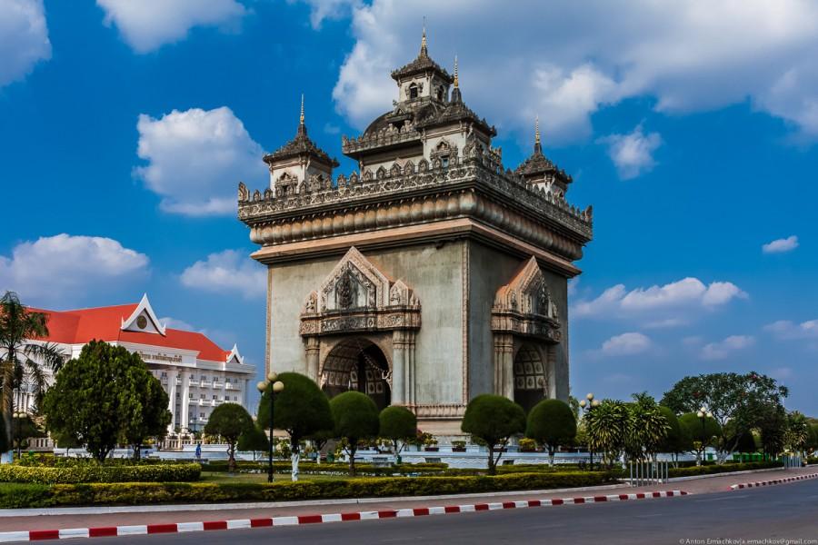 Vientian-1.jpg