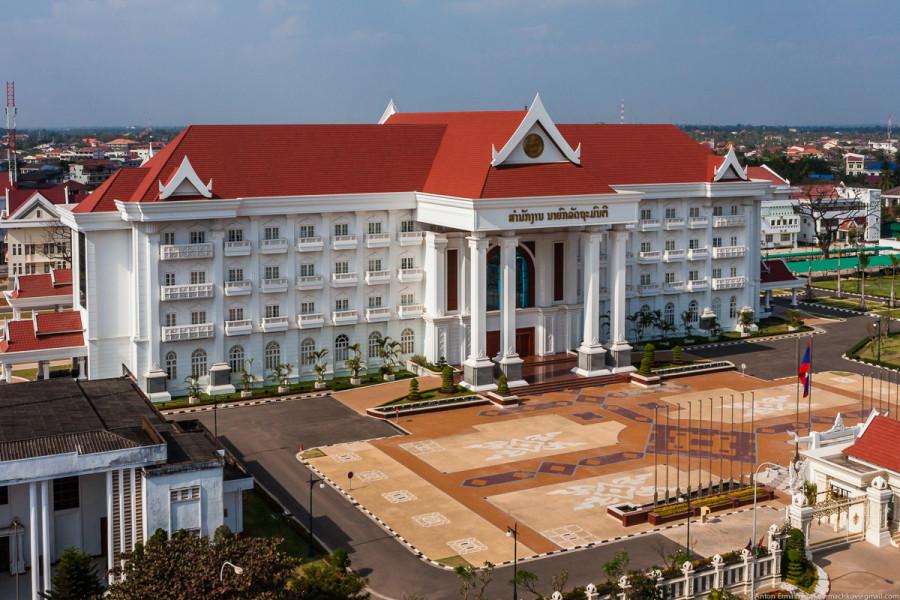 Vientian-2.jpg