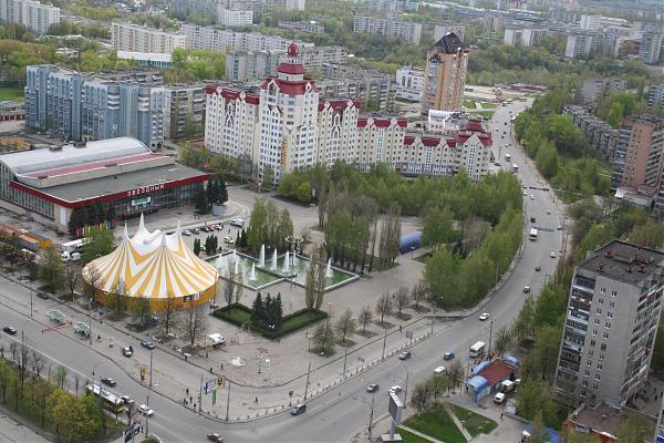 Вид на реконструируемую площадь