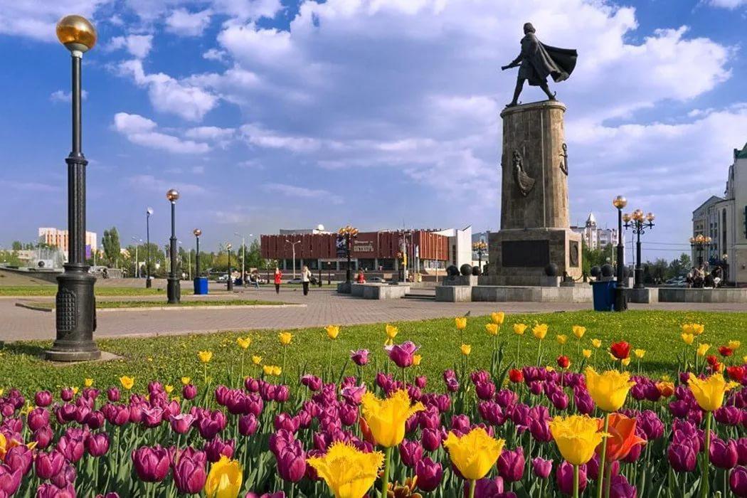 Липец. Площадь Петра Великого
