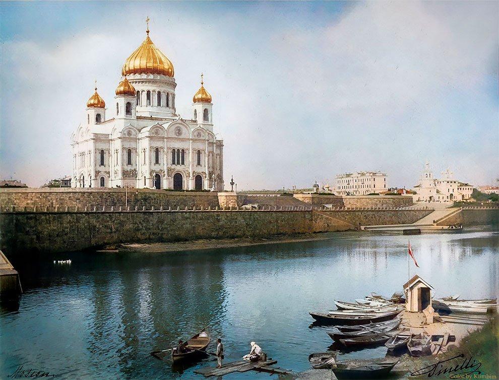 Храм Христа Спасителя на цветных фотографиях начала XX века
