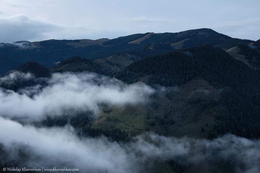 Foggy landscape of Carpathian mountains_6