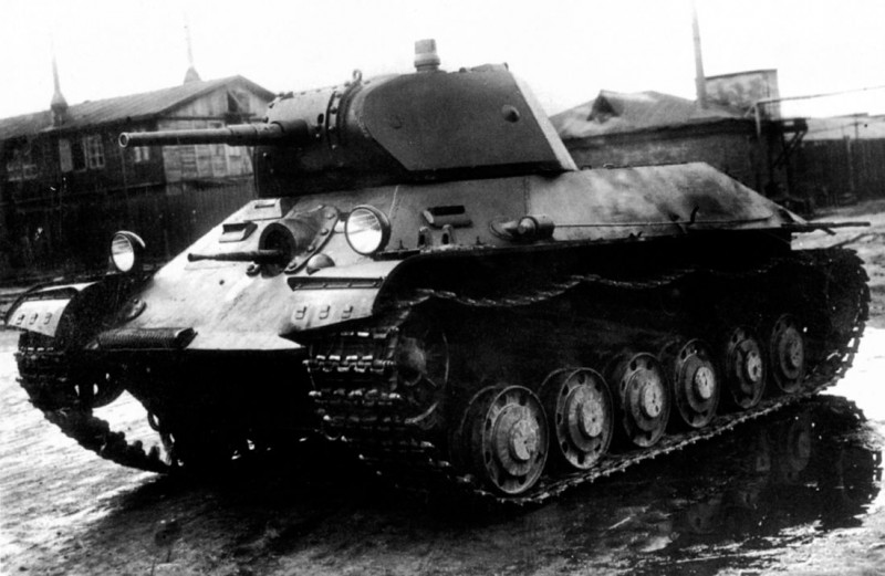 Т-126. Имел два варианта весом 16 и 18 тонн.