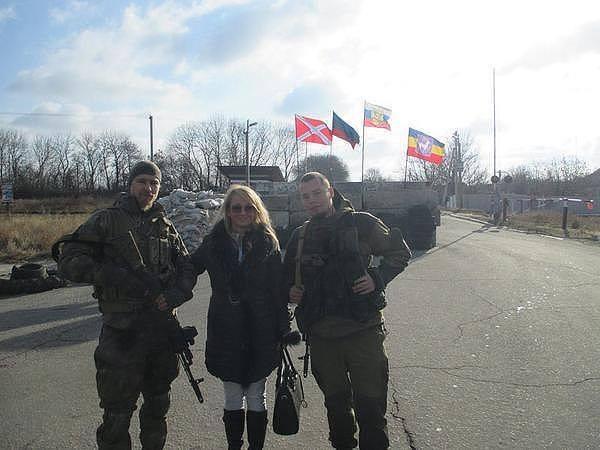 """""""Пока ОБСЕ здесь, по Пескам гулять можно. Как только они уезжают - из подвала не вылазим"""", - украинские бойцы возле донецкого аэропорта - Цензор.НЕТ 8392"""