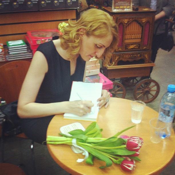 Анна Мелкумян Наринэ Абгарян