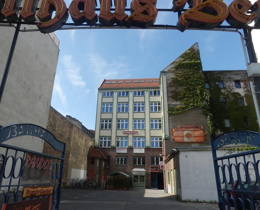 hostel-berlin-anzor.tv