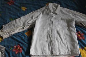 рубашка белая с узором на вороте (12.5-44-56)