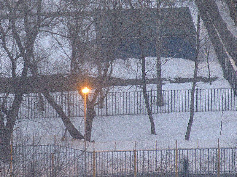 1. Одинокий фонарь.