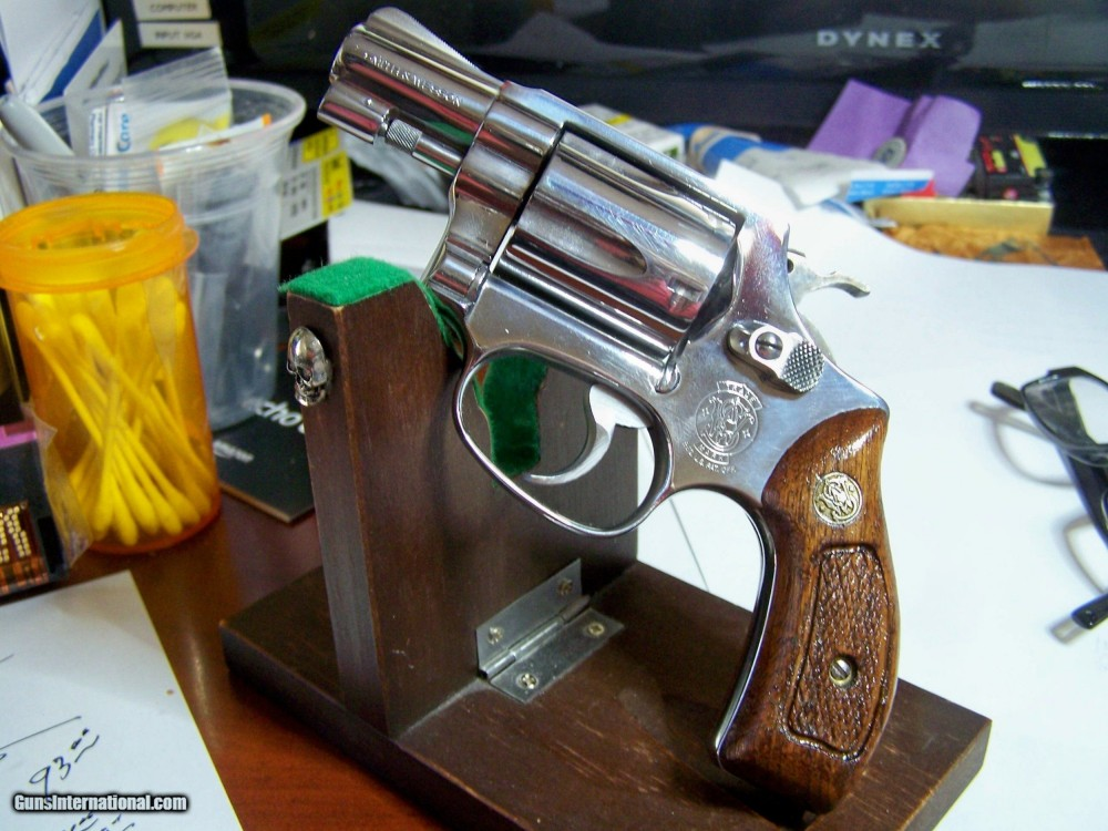Vintage-Smith-Wesson-Model-60-no-dash-1-7-8-near-mint-stainless-avw29XX_101483696_28912_D3559F75AA989F72