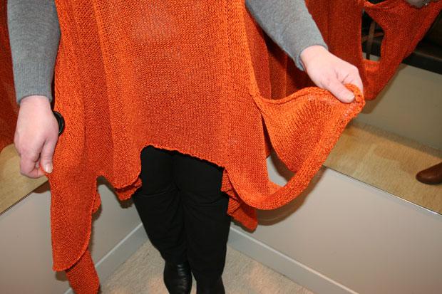Poncho-orange-niz