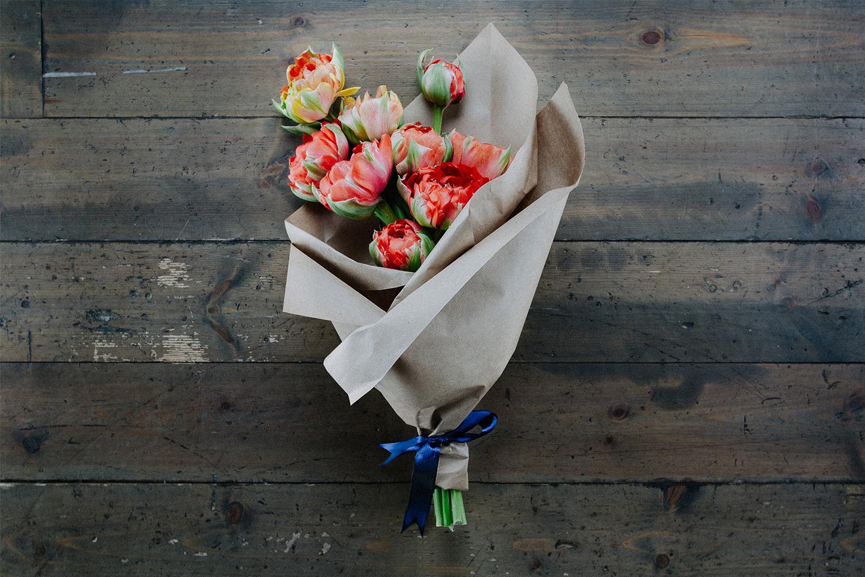 букет цветов на прокат как-то тоже разобрал