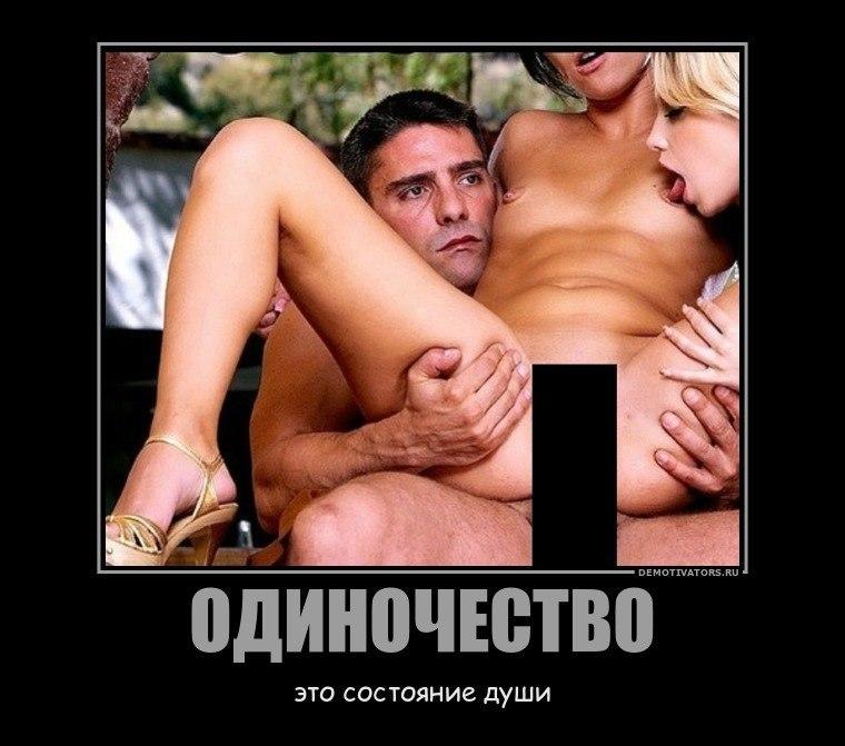 molodaya-delaet-minet-i-glotaet-spermu