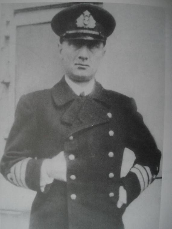 А.В. Колчак в новой адмиральской форме 1917 года.