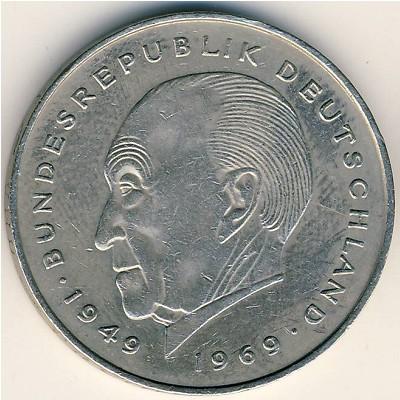 Портрет Конрада Аденауэра на монете