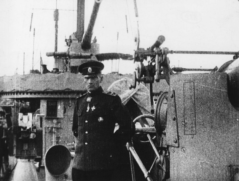 А.В. Колчак на палубе корабля. Фото дореволюционное.