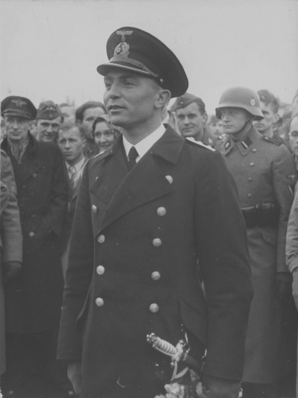 Командир немецкой подводной лодки U-47 капитан-лейтенант Гюнтер Прин. 1939 г.