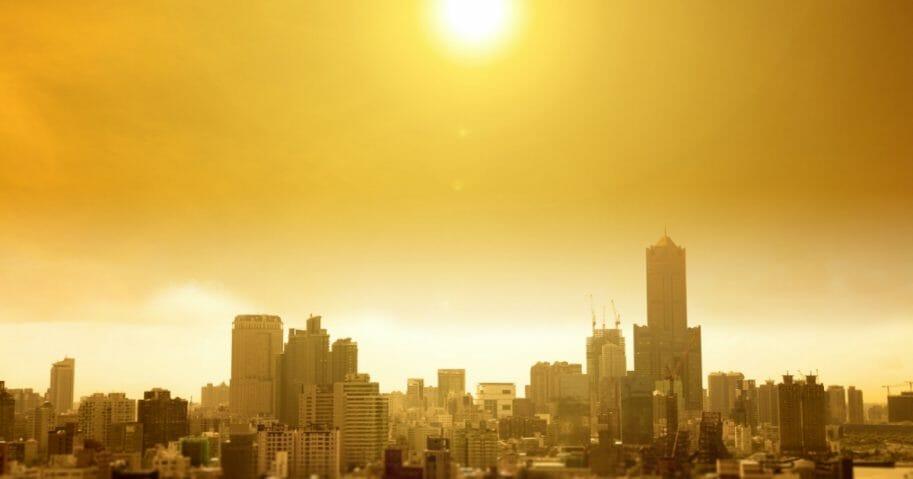 Город в жаркий день. (Том Ван / Шаттерсток).