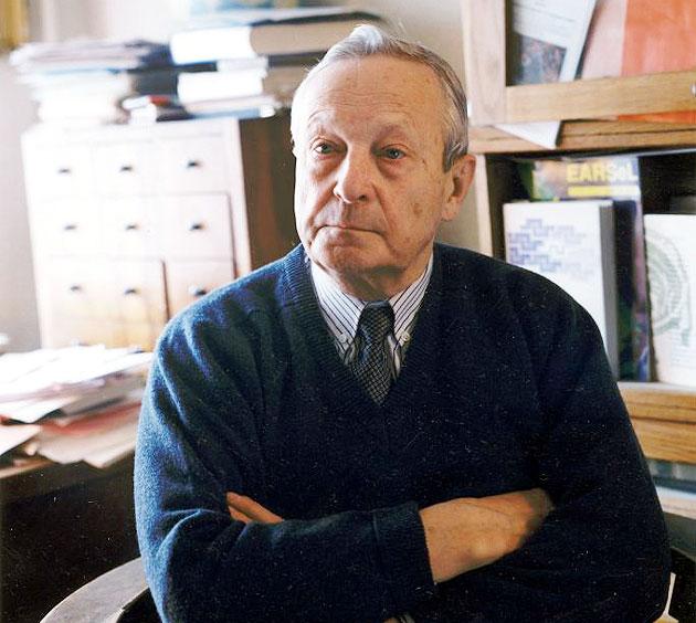 Выдающийся советский и российский геофизик, академик АН СССР и РАН Кирилл Яковлевич Кондратьев (1920 - 2006) жил и работал в Петербурге.