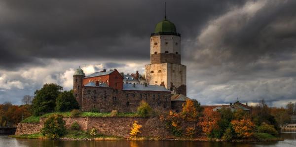 Археологи спустя 80 лет возобновили исследование тайного хода Выборгского замка