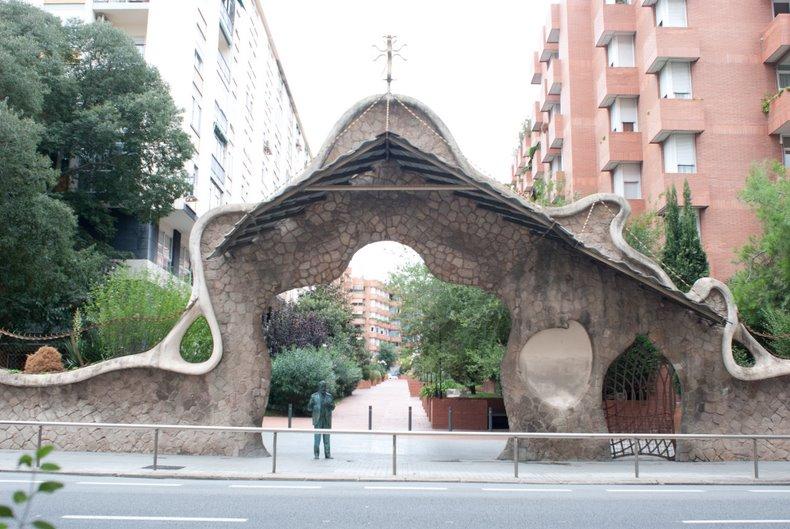 Портал Миральес (основной вид)