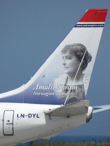 Norwegian B738 (LN-DYL) Amalie Scram Tail