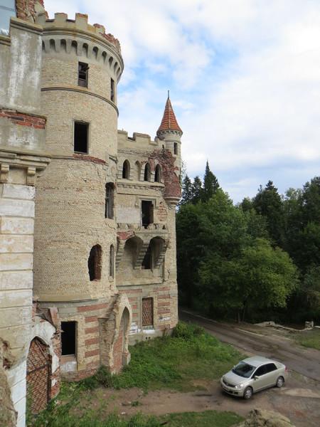 вид с балкона на башни