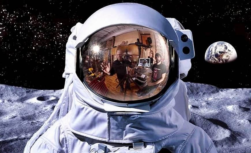 опять на луне.jpg