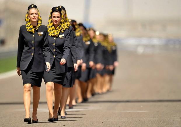 стюардессы турецких авиалиний Gulf Air