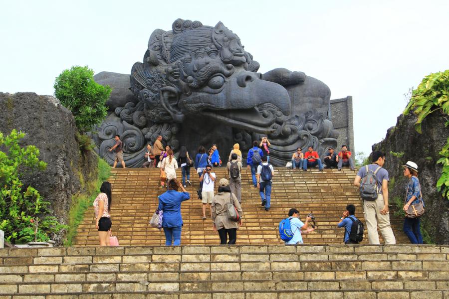 Обратная сторона Азии: туристические аферы