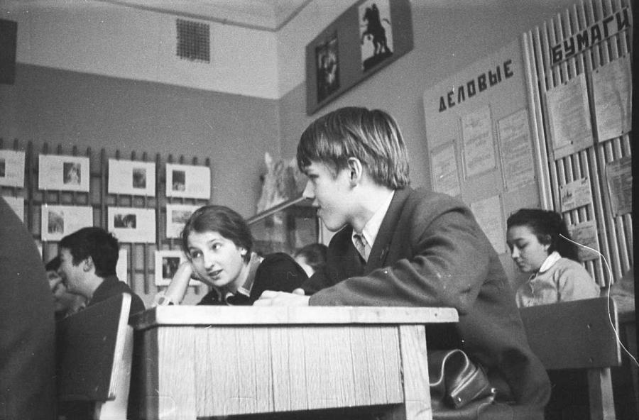 Чем занимались на уроках советские дети