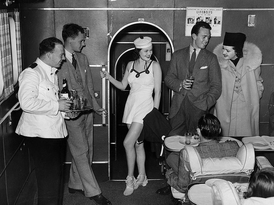Как изменились воздушные путешествия за 100 лет
