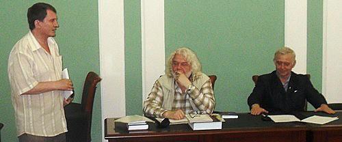 поэт Игорь Тюленев на своем юбилее