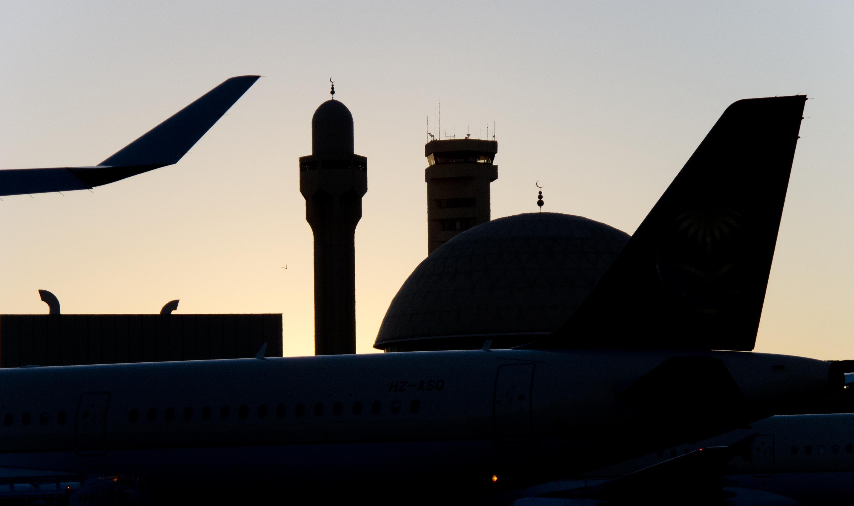 Мечеть и вышка АТС в Рияде - 2